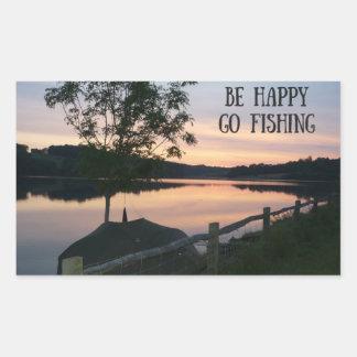 """""""Seien Sie glückliches Go Aufkleber fischend"""""""