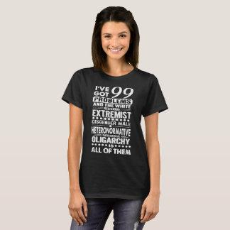 Seien Sie mit diesem spezifisch T-Shirt