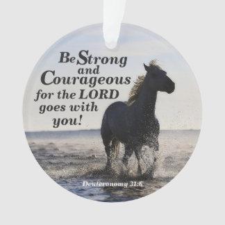 Seien Sie stark und, Deut 31 Pferdegewohnheit Ornament