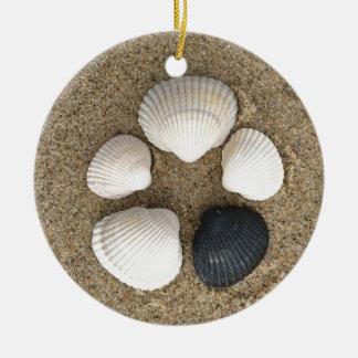 Seien Sie unterschiedlich Rundes Keramik Ornament