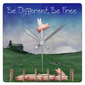 Seien Sie unterschiedlich, seien Sie freie Wanduhr
