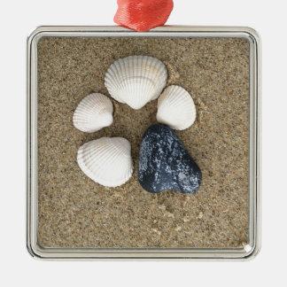 Seien Sie unterschiedlich Silbernes Ornament