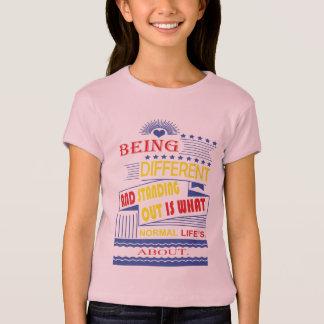"""""""Seiend der Babydoll-T - Shirt des"""