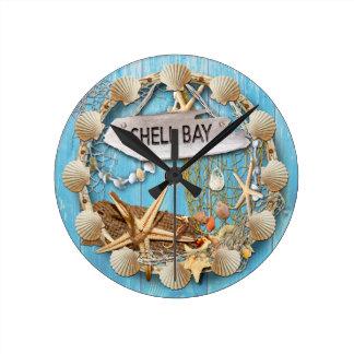 Setzen Sie Hütten-/Strand-Haus-Uhr, Muschel-Bucht Runde Wanduhr