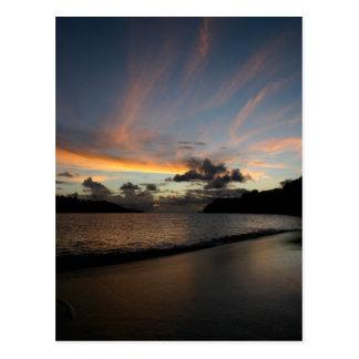 Seychelle Inselsonnenuntergang Postkarte