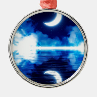 Sichelförmiger Mond über sternenklarem Himmel Silbernes Ornament