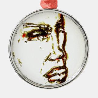 Sie ist intensiv rundes silberfarbenes ornament
