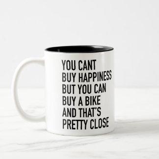 """""""Sie können Glück nicht kaufen. """"Tasse durch Velo Zweifarbige Tasse"""