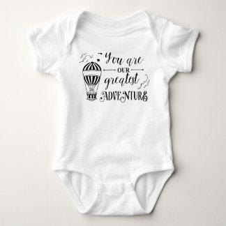 Sie sind unser beststes Abenteuerbaby-Shirt eins Baby Strampler