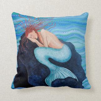 Sie träumt Seetraum-Meerjungfrau-Kissen Kissen