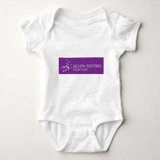 Sieben Schwester-Baby-Ausstattung Baby Strampler