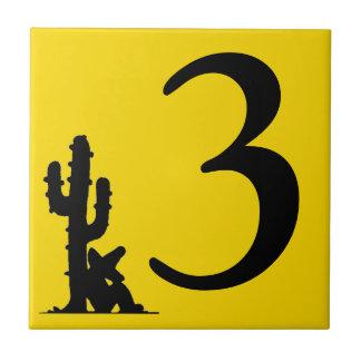 Siesta durch Fliese drei der Kaktus Gelb-heiße
