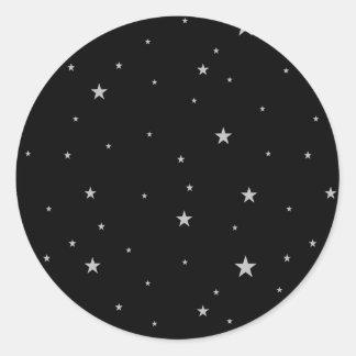 Silber-Sterne auf Schwarzem Runder Aufkleber
