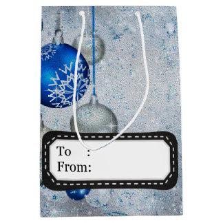 Silberne blaue Verzierungen Mittlere Geschenktüte