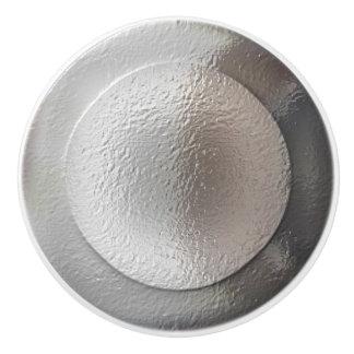 Silberne metallische Ringe Keramikknauf
