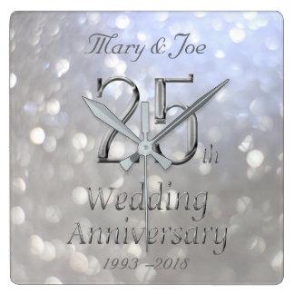 Silberner Hochzeitstag-25. Jahrestag Bokeh Quadratische Wanduhr