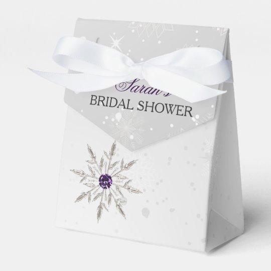 silberner lila geschenkschachtel