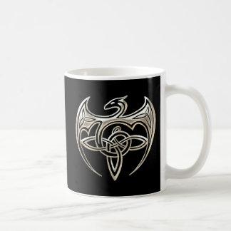 Silberner und schwarzer DracheTrine Celtic knotet Kaffeetasse