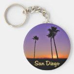 Silhouette de palmier à San Diego Porte-clé Rond