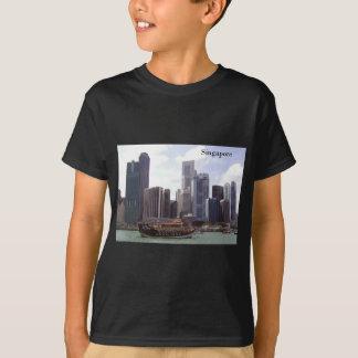 Singapur-Hafen (durch St.K) T-Shirt