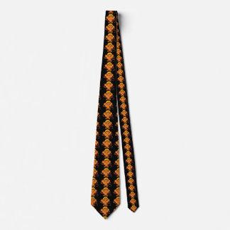 Singe mignon et espiègle cravate