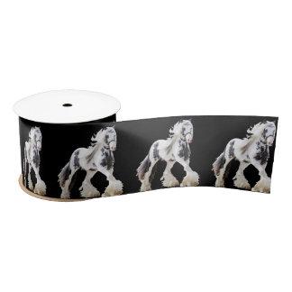 Sinti und Roma-Stutestallions-Entwurfs-Pferd Satinband