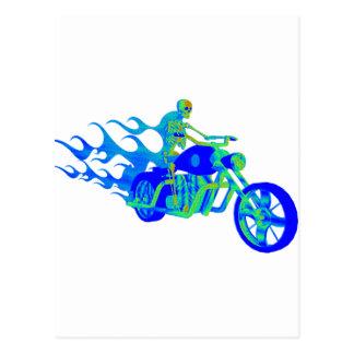 Skelett, das ein Motorrad reitet Postkarten