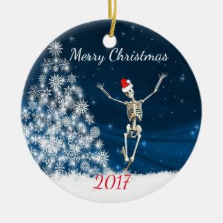"""Skelett mit Weihnachtsmannmütze """"Weihnachten 20xx Keramik Ornament"""