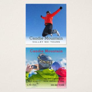 Ski bereist Snowboarder-nebelhafte Foto-Schablone Quadratische Visitenkarte
