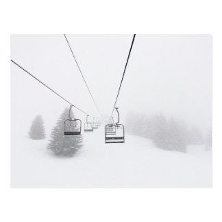 Skilifte in der Blizzard-Postkarte Postkarte