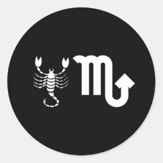 Skorpion mit Symbol Runder Aufkleber