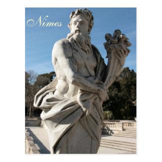 Skulptur bei Jardins de la Fontaine Postkarte
