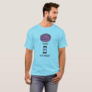 Smart nicht intelligent T-Shirt