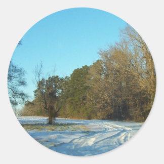 Snowy-Weg Runder Aufkleber