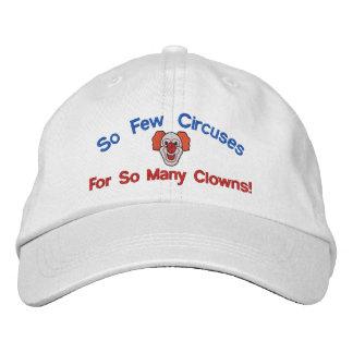 So viele Clowns stickten Hut
