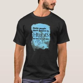 Some people don't believe in den Helden T-Shirt