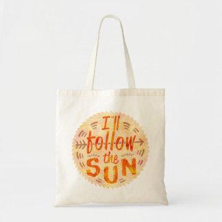 Sommer-Sonnenschein folgt gemalter Sun-Typografie Tragetasche