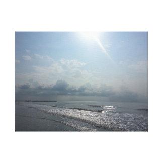Sonnenaufgang auf dem Strand Gespannte Galerie Drucke