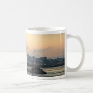 Sonnenaufgang und Boote Kaffeetasse