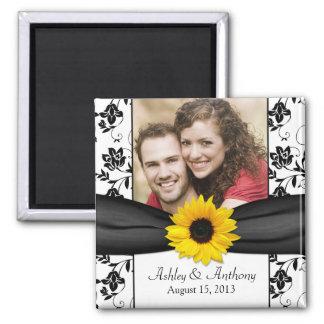 Sonnenblume-Schwarzweiss-Damast-Hochzeits-Magnet Quadratischer Magnet