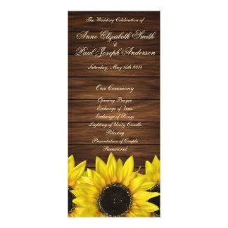 Sonnenblumen und Scheune hölzernes Werbekarte