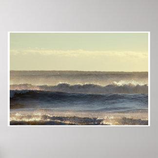 Sonnenlicht und Wellen-Foto Poster