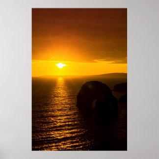 Sonnenschein über dem Jungfraufelsen Poster