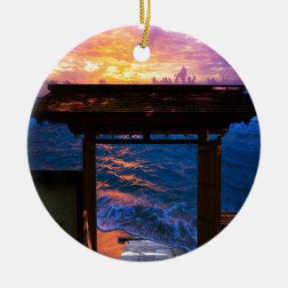 Sonnenuntergang an der Paradies-Bucht Keramik Ornament