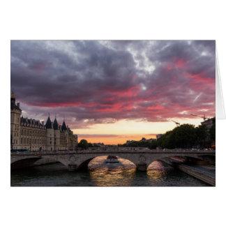 Sonnenuntergang auf der die Seine-Gruß-Karte Karte