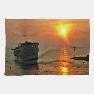 Sonnenuntergang auf einem Kreuzschiff Handtuch