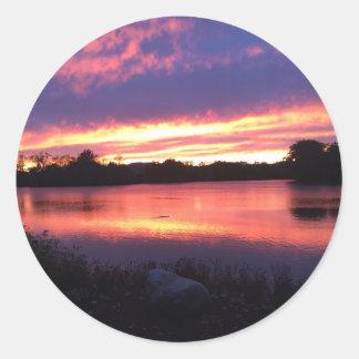 Sonnenuntergang bei Notre Dame Runder Aufkleber