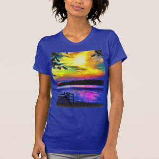 SONNENUNTERGANG-FARBEN AUF LAPIS BLAUEM JERSEY T-Shirt