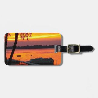 Sonnenuntergang über Castlerock See Gepäckanhänger