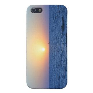 Sonnenuntergang über dem Ozean iPhone 5 Etuis